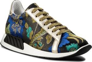 Buty sportowe hego's milano sznurowane w młodzieżowym stylu