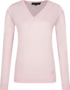 Różowy sweter Emporio Armani z wełny