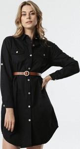 Czarna sukienka born2be koszulowa mini