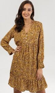 Żółta sukienka born2be mini z długim rękawem