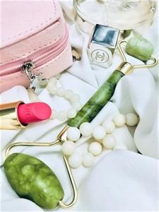 Botano Roller Jadeitowy - zielony wałek do masażu twarzy
