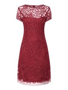 Czerwona sukienka Niente z okrągłym dekoltem mini z krótkim rękawem