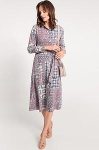 Sukienka QUIOSQUE w stylu casual koszulowa z długim rękawem