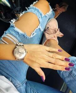Niebieskie jeansy chantel.pl z bawełny