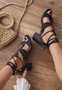 Czarne sandały Renee na średnim obcasie