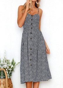 Sukienka Sandbella z dekoltem w kształcie litery v na ramiączkach dopasowana