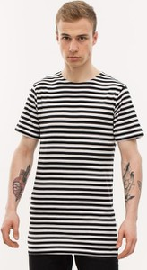 T-shirt Urban Classics z bawełny