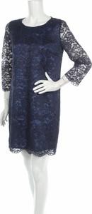 Granatowa sukienka Devernois prosta z okrągłym dekoltem mini