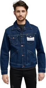 Niebieska kurtka Wrangler z jeansu w stylu casual krótka