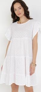 Sukienka born2be trapezowa z krótkim rękawem w stylu casual