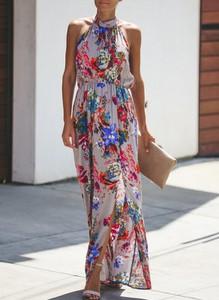 Sukienka Sandbella maxi z dekoltem halter w stylu boho