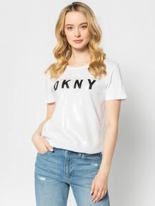T-shirt DKNY w młodzieżowym stylu