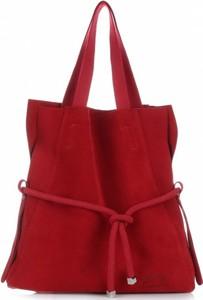 Czerwona torebka VITTORIA GOTTI ze skóry na ramię w wakacyjnym stylu
