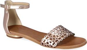 Sandały Lewski shoes z płaską podeszwą w stylu casual z klamrami