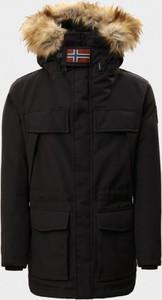 Czarna kurtka Napapijri w sportowym stylu długa