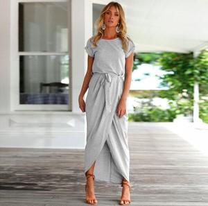 Sukienka Alexiss z krótkim rękawem z dresówki maxi
