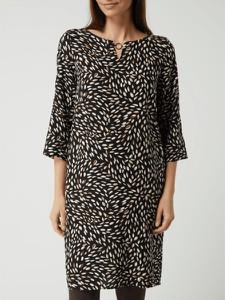 Czarna sukienka Betty Barclay z długim rękawem w stylu casual mini
