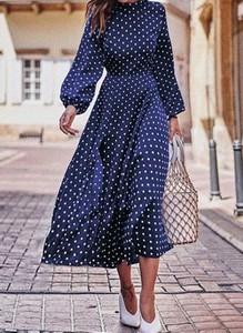 Sukienka Cikelly z długim rękawem midi z okrągłym dekoltem