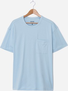 Niebieski t-shirt House w stylu casual
