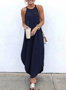Granatowa sukienka Sandbella bez rękawów
