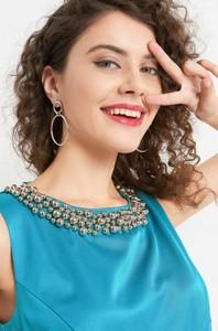 Niebieska sukienka ORSAY z tkaniny z okrągłym dekoltem midi