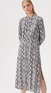 Sukienka Sinsay w stylu casual midi koszulowa
