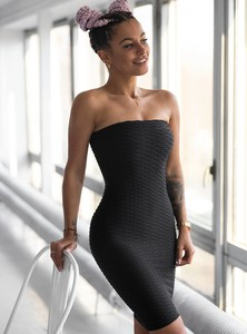 Sukienka SELFIEROOM bez rękawów dopasowana