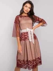 Czerwona sukienka Factory Price z bawełny w stylu casual z długim rękawem