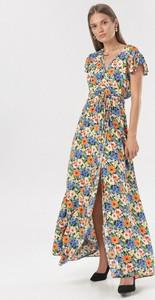 Sukienka born2be w stylu boho z dekoltem w kształcie litery v