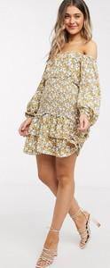 Sukienka Outrageous Fortune z długim rękawem z odkrytymi ramionami