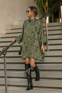 Zielona sukienka Ivet.pl w stylu casual
