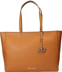 Brązowa torebka Calvin Klein ze skóry ekologicznej