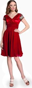 Sukienka Camill Fashion kopertowa z krótkim rękawem midi