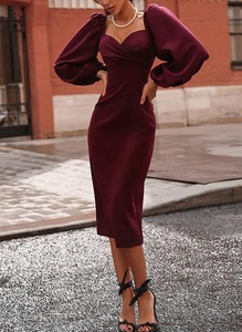 Sukienka Sandbella ołówkowa z długim rękawem midi