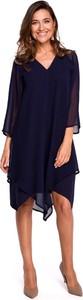 Granatowa sukienka Merg midi z szyfonu asymetryczna