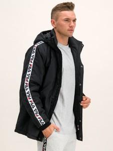 Czarna kurtka Fila w sportowym stylu