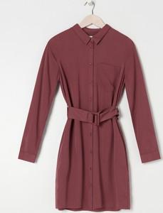 Fioletowa sukienka Sinsay z kołnierzykiem mini z długim rękawem