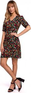 Sukienka MOE w stylu casual z krótkim rękawem mini