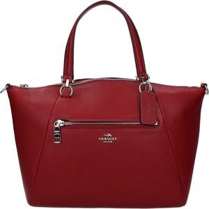 Czerwona torebka Coach na ramię matowa