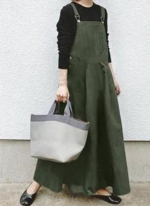 Zielona sukienka Arilook z długim rękawem