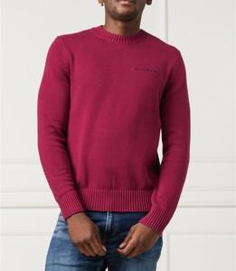 Czerwony sweter Calvin Klein