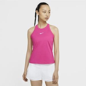 Różowy t-shirt Nike z okrągłym dekoltem w sportowym stylu