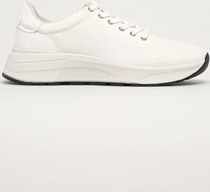 Buty sportowe Vagabond ze skóry ekologicznej z płaską podeszwą sznurowane