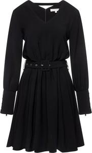 Czarna sukienka Silvian Heach