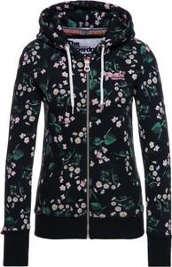 Bluza Superdry w młodzieżowym stylu krótka