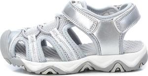 Srebrne buty dziecięce letnie Xti Kids na rzepy