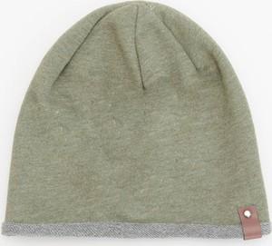 Zielona czapka Reserved