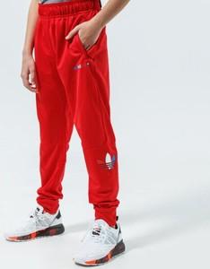 Czerwone spodnie dziecięce Adidas