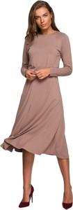 Brązowa sukienka Style z długim rękawem z okrągłym dekoltem
