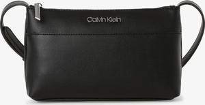 Czarna torebka Calvin Klein na ramię